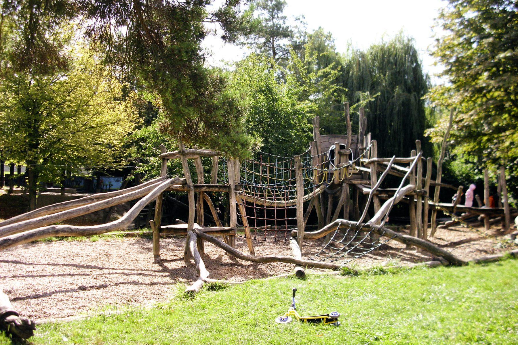 Abenteuerspielplatz Parkfeld